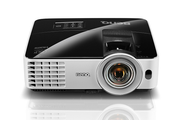 BenQ MW621ST 3000 Lumens WXGA (1280 x 800) DLP Short Throw Projector