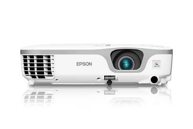 PowerLite 3000-lumen, 3-chip 3LCD, XGA Multimedia Projector