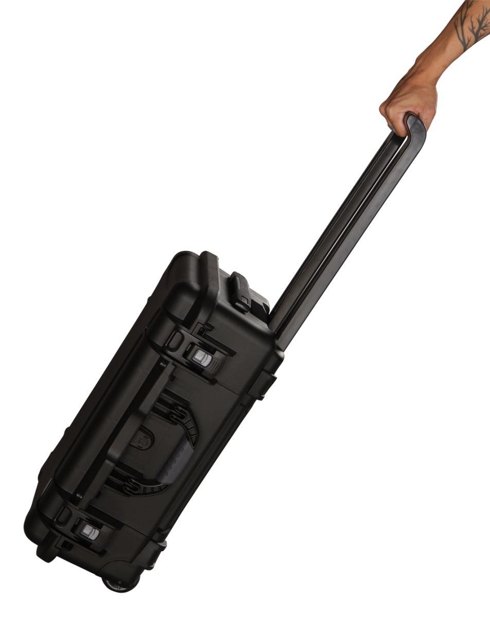 Gator GU-2011-07-WPDV Waterproof Wheeled Case w/ Dividers, 20.5x11.3x7.5in.